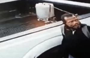 Delincuente quedó capturado en VIDEO mientras robaba en La California