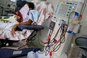 Dializarse, el calvario de los pacientes renales en Venezuela