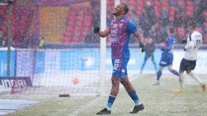 Salomón Rondón debutó en el triunfo del CSKA de Moscú bajo una intensa nevada