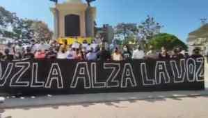 Estudiantes se concentran en la Plaza Bolívar de Valencia por el Día de la Juventud #12Feb (VIDEO)