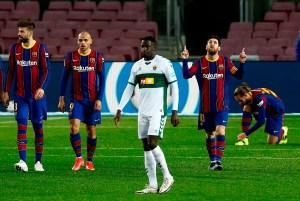 Messi desatascó a Barcelona frente al Elche y apretó la lucha por LaLiga