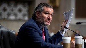 La minería de Bitcoin podría usarse para capturar gas natural desperdiciado en Texas, dice el senador Ted Cruz
