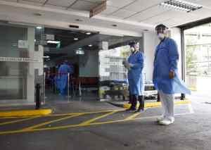 """Imágenes: La consecuencia de unos """"carnavales flexibles"""", colapso sanitario en Caracas a causa del Covid-19"""