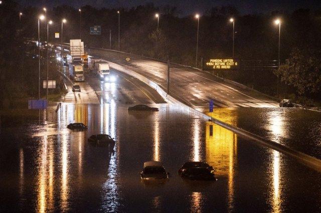 Fuertes aguaceros inundaron casas y carreteras en Tennessee (Fotos) -  LaPatilla.com