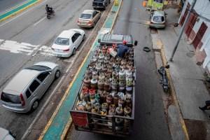 La crisis del gas doméstico continúa en Venezuela, sólo se produce el 35%