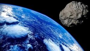Revelaron la última anternativa para salvar a la Tierra ante impacto de un asteroide