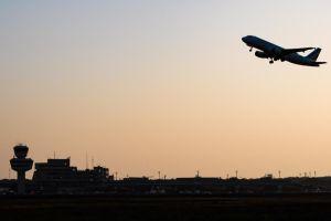 Un avión de Air France aterrizó de emergencia en Bulgaria por pasajero agresivo