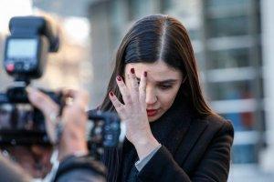 Abogado de Emma Coronel dijo que filtraron información para matarla junto a sus hijas