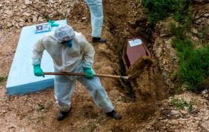 Brasil supera los 370 mil muertos por coronavirus