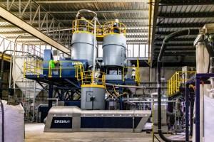 En Imágenes: La única fábrica de plástico en Venezuela que sustenta el reciclaje y la economía circular