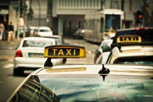 El secuestro de una joven en un taxi de Barinas que acabó entre tijeras y sangre