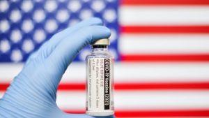 EEUU alcanzó el objetivo de vacunación contra el coronavirus de Biden, casi un mes tarde