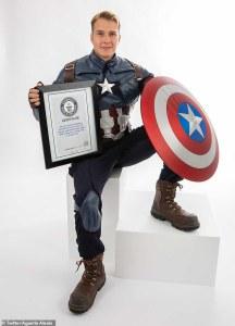 """Estadounidense rompe récord Guinness al ver """"Avengers: Endgame"""" 191 veces"""