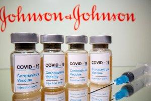 FDA respaldó dosis de refuerzo de la vacuna de Johnson & Johnson para los adultos en EEUU