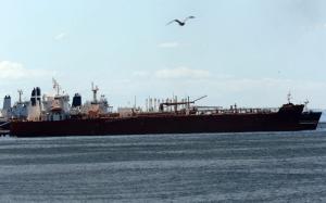 """Estados Unidos """"monitorea"""" envío de buques iraníes con combustible a Venezuela"""