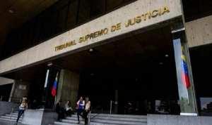 El Tribunal de Maduro autorizó a tres de sus magistradas a ocupar dos cargos públicos al mismo tiempo