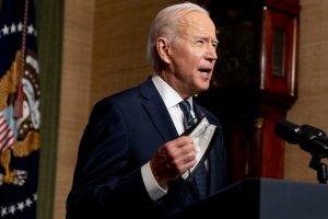 Biden admitió que EEUU no está en condiciones de enviar vacunas a otros países