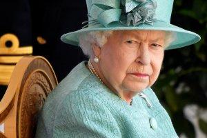 Palacio de Buckingham anunció que Isabel II pasó la noche en un hospital