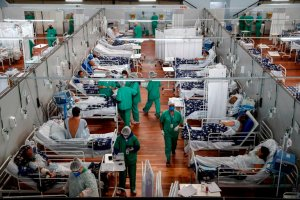 Brasil roza las 555 mil muertes por coronavirus