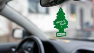 La policía de EEUU puede detenerte por tener un ambientador colgado en tu carro