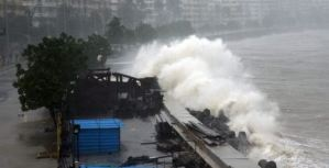 Al menos 27 muertos en India por el ciclón Tauktae, que paraliza vacunación antiCovid