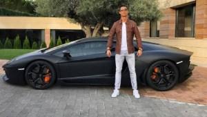El video que probaría que Cristiano Ronaldo se va de la Juventus: La decisión que tomó con sus autos de lujo