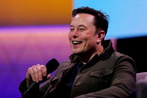¿Un parásito? La sugerencia de Elon Musk para crear la inteligencia artificial superhumana