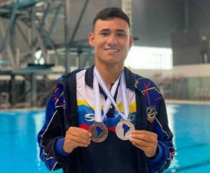 Óscar Ariza, primer venezolano que da el salto a las piscinas de Tokio-2020