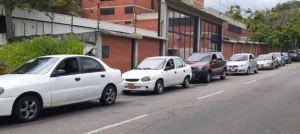 Ante la escasez, chavismo anunció nuevo esquema de suministro de combustible en Táchira