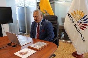 Asambleísta Fernando Flores repudió que Correa se esconda en Venezuela mientras es solicitado por Interpol