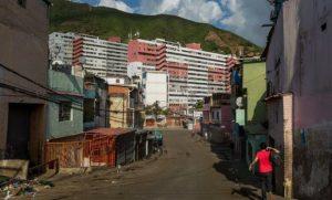 Venezuelan criminal gangs take over low-income neighborhood