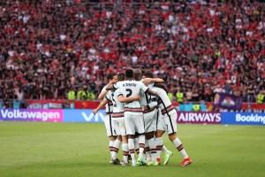 Portugal gana 3-0 a Hungría en su estreno en la Eurocopa