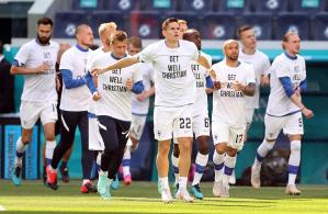 Finlandia desea en sus camisetas una pronta recuperación a Eriksen