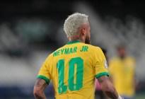 Neymar también criticó el mal estado del césped en la Copa América