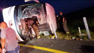 Al menos ocho muertos y 20 heridos en accidente en un autobús en el noreste de México