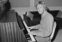 Harry Nilsson, el beatle norteamericano que un día rompió su voz para siempre