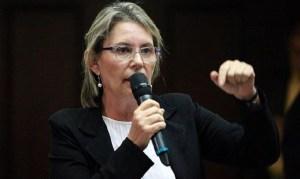 Olivia Lozano: El abuso y maltrato a nuestros ancianos se ha convertido en política de Estado del régimen usurpador