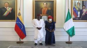 Régimen de Maduro recibió al nuevo representante de Nigeria para afianzar sus negocios turbios