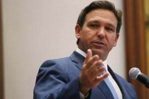 Pese a aumento de hospitalizados en Florida, gobernador DeSantis no ordena usar tapabocas