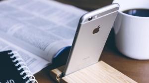 Apple da una lección de obsolescencia a Android: El mítico iPhone 6s recibirá la actualización iOS 15