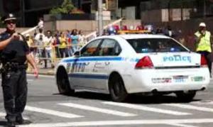 A sangre fría: El intento de asesinato frente a dos niños que indigna a Nueva York (Video)