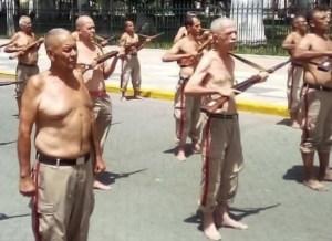 La PRUEBA de cómo el régimen de Maduro somete a los milicianos a la burla y la humillación pública (FOTO)