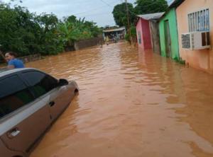 Lluvias colapsan El Callao y evidencian la falta de mantenimiento del sistema de drenaje de la entidad