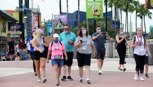 Disney restablece el uso de las mascarillas en sus parques en Orlando ante la nueva ola de contagios por Covid-19