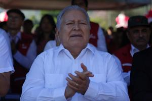 Las tensiones entre Nicaragua y El Salvador por la nacionalización del expresidente Sánchez Cerén