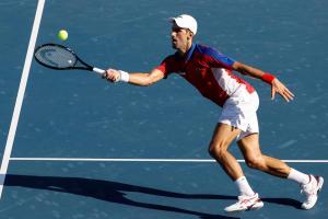 Sin apuros, Novak Djokovic superó al boliviano Dellien en su debut olímpico