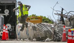 Ingeniero contratado para descubrir la causa del derrumbe en Miami ofreció una actualización desalentadora