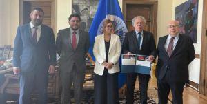 Almagro se reunió con familiares y colaboradores de Guevara y exigió su liberación