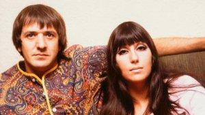 Cher demandó a la viuda de Sonny Bono por quedarse con sus derechos de autor