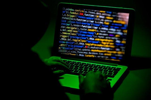 EEUU investiga los vínculos rusos con el poderoso ciberataque que afectó a  cientos de empresas en varios países - LaPatilla.com